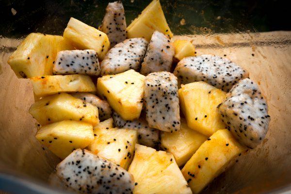 Pitaya Ananas Spieße