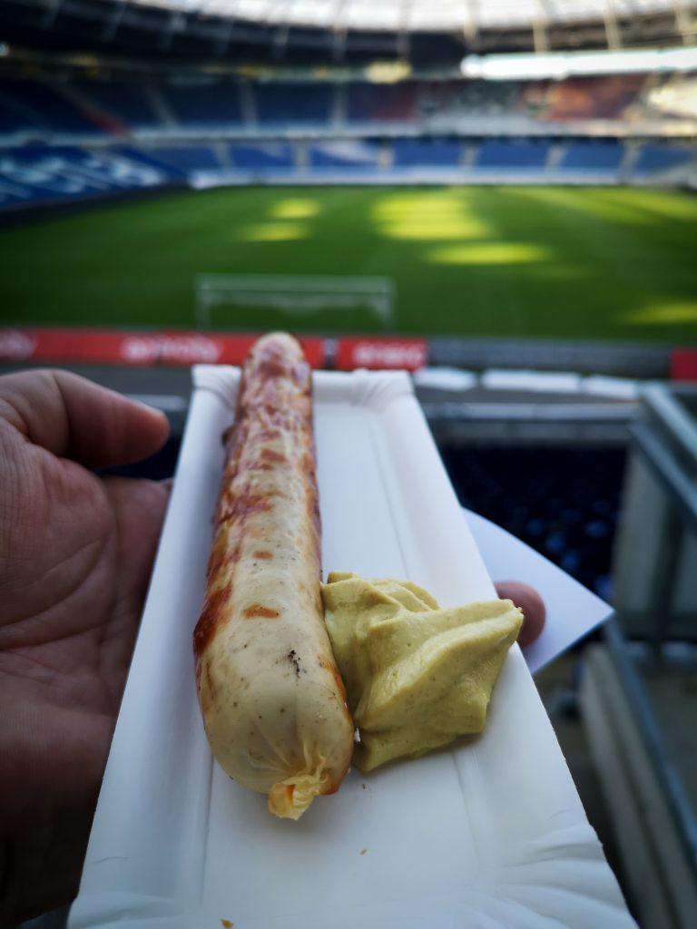 20 JAHRE HANNÖVERSCHE KINDERTAFEL - Stadionwurst