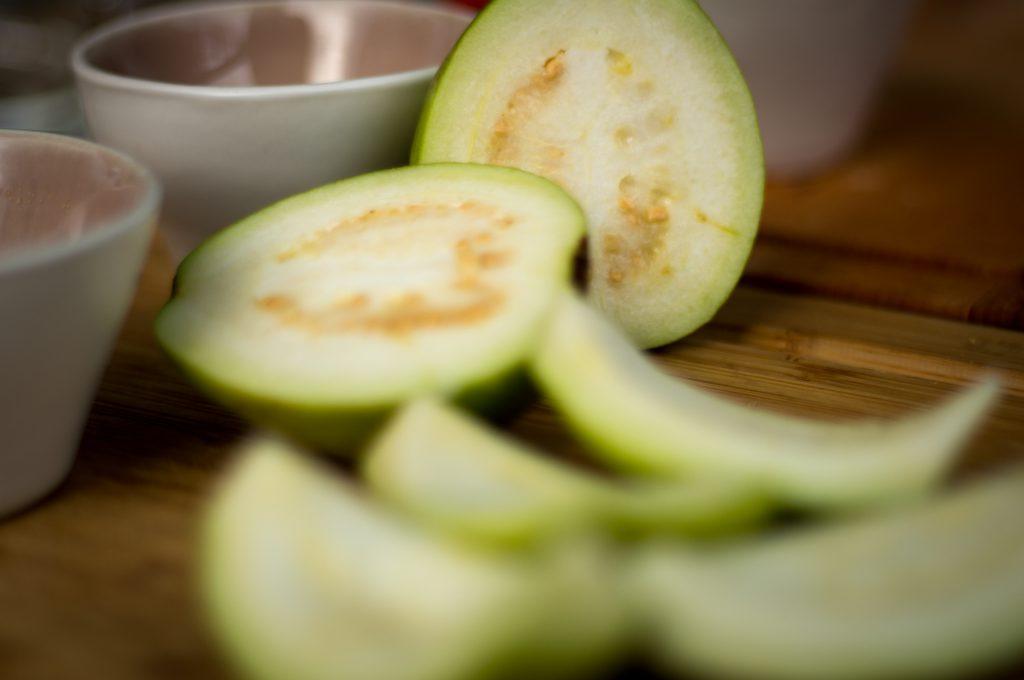 Halbierte Guave