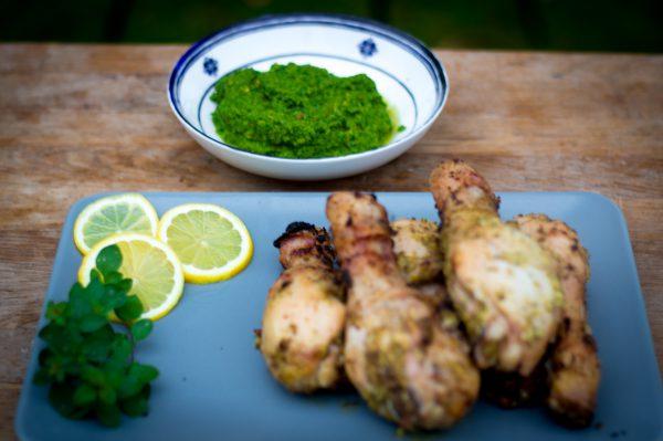 Mediterranes Hähnchen mit Oliven Salsa