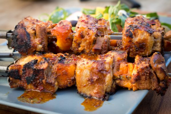 Papaya Schweinebauch Spieße - pork belly skewers