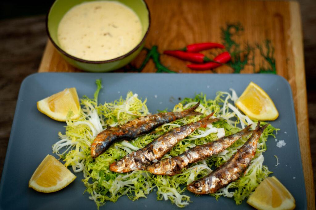Portugiesische Sardinen Mit Knoblauch Mayonnaise