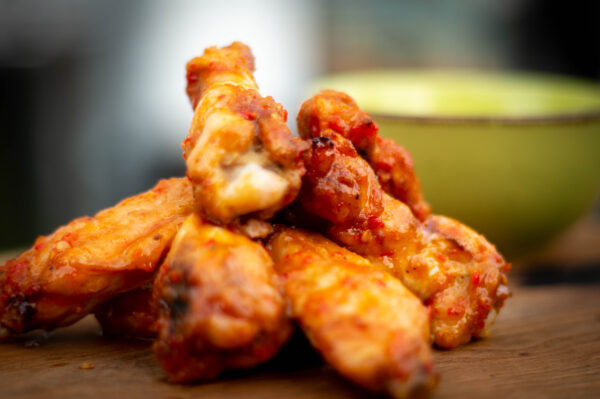 Buffalo Wings mit Ranch Dressing