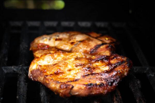 Nackenfleisch direkt grillen